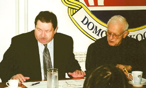 Radnom sjednicom Republičke koordinacije predsjedavaju generali Đuro Dečak i dr. Ivan Prodan - Zagreb, listopad 2008.